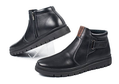 Мужские кожаные зимние ботинки , черные