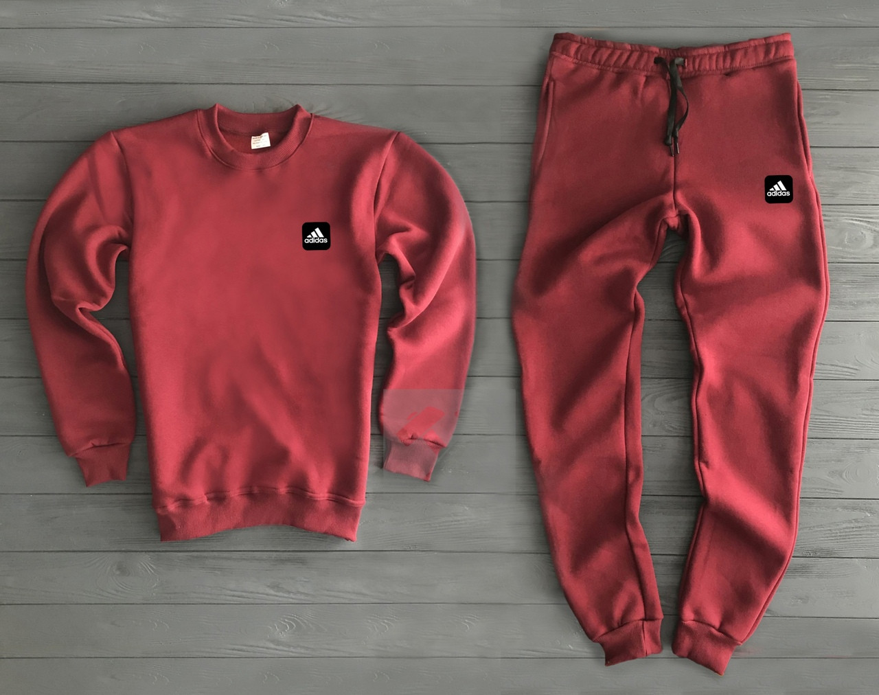 Спортивный Костюм Adidas Красный с Черно-белым Логотипом Топ Реплика ... 4da17ac712a
