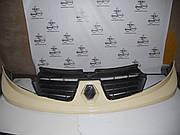 Решетка передняя бежевая (улыбка) на Renault Trafic 2006-2010