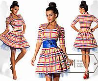 """Платье мини из трикотажа в клетку с вырезом """"принцесса"""", пышной юбкой на подъюбнике и широким поясом 6329"""