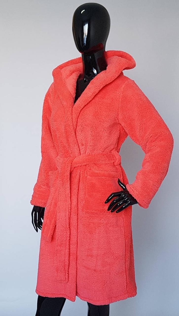 Женский махровый халат с капюшоном на запах