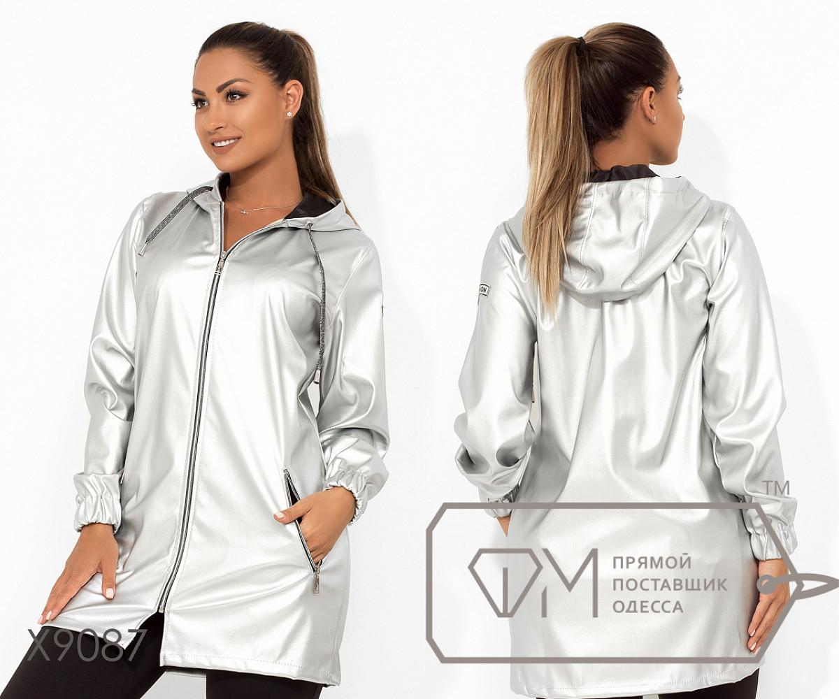 Демисезонная удлиненная куртка из экокожи с капюшоном, прорезными карманами и манжетами на резинке, 4 цвета