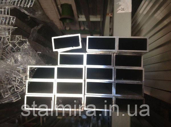 Труба алюминиевая прямоугольная 100/20, толщина стенки 2, марка АД31, Д16Т, АД0, АМг2, АМг3, Д1