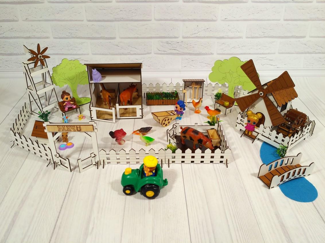 Дворик для кукол Веселое ранчо с механической Мельницей 1202. 26 предметов