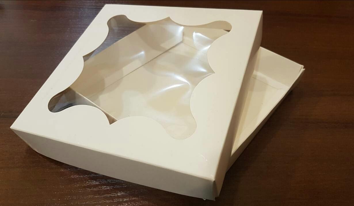 Коробка для пряников Белая 3шт (15,5*15,5*2,7)см