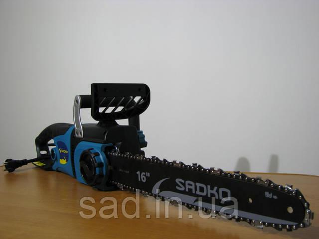 Электропила Sadko ECS-2400S