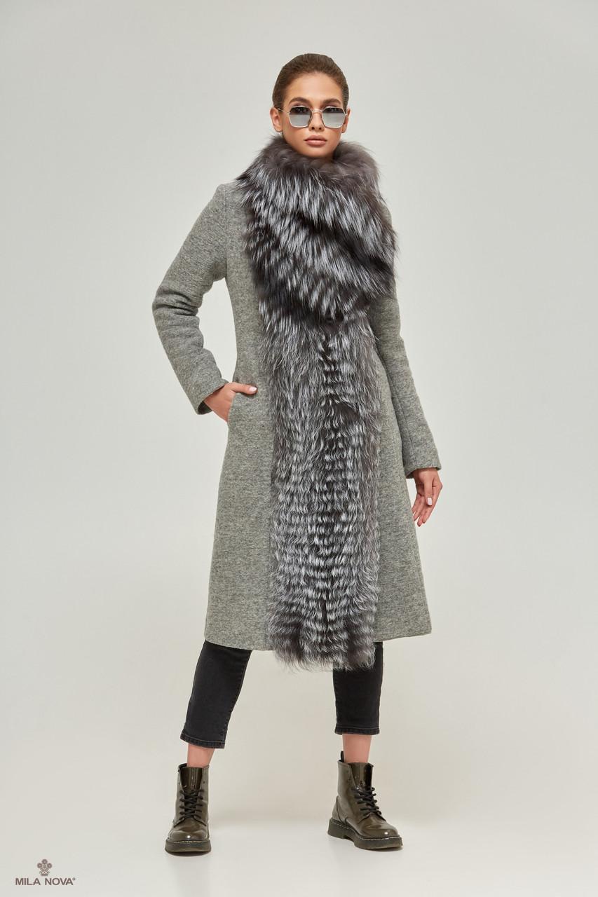 Женское серое пальто  с большим воротником