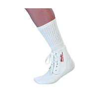 Фиксатор голеностопного сустава Mueller Adjust-To-Fit Ankle Brace 4572One Size