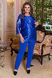 Вечерний брючный костюм женский Удлиненная блуза прямого кроя Размер 48 50 52 54 56 58 В наличии 3 цвета, фото 3