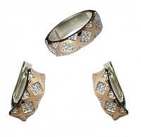 Срібний гарнітур із золотими вставками ромби каблучка та сережки із маленькими фіанітами