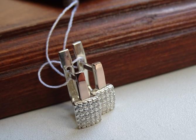 Классические серебряные серьги с золотыми пластинками