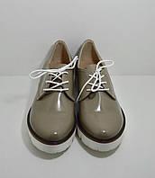 Туфли Ailinda на шнурках 39 Лак/Бежевый