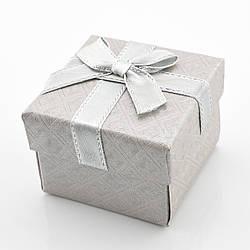 Коробочка серая для кольца-серег 741145, размер 5*5 см