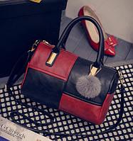 Модная женская сумка с меховым брелком Черно-красный, фото 1