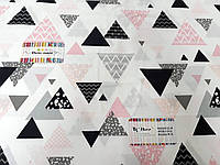 """Ткань бязь 100% хлопок """"Треугольники черно-розовые"""", 160 см"""