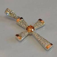 Серебряный крест с золотыми накладками с цитрином и фианитами К-3