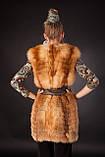 Меховая жилетка из меха рыжей лисы без воротника Horizontal layered collarless fox fur vest fur waist coat , фото 5