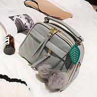 Мини сумочка с меховым брелком Серый, фото 1