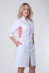 Медицинский женский халат с коралловой вставкой на молнии