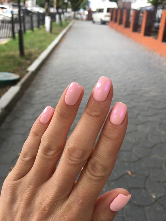 Втирка на нежно розовом оттенке гель-лака  4