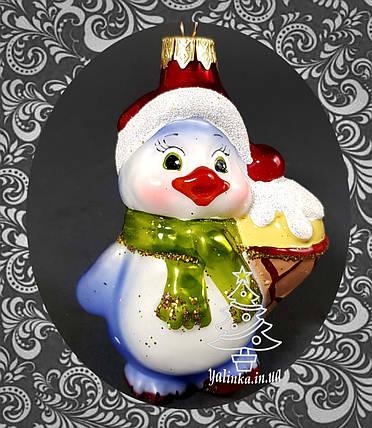 Стеклянная елочная игрушка Пингвиненок с мороженым, фото 2