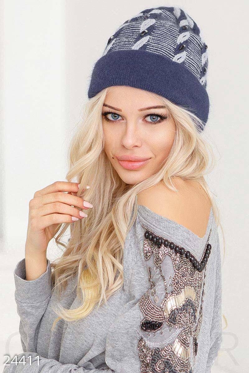 Зимняя ангоровая шапка синего цвета