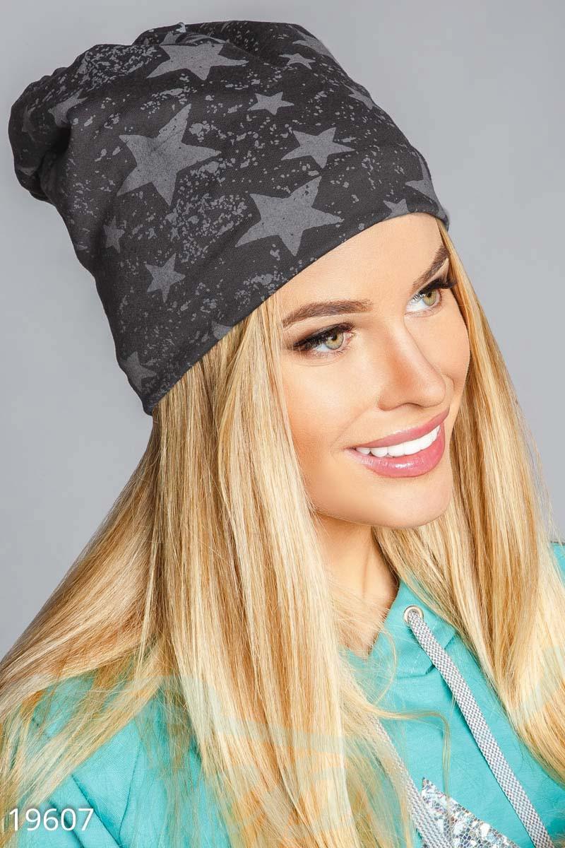 Удобная шапка бини темно-серого цвета