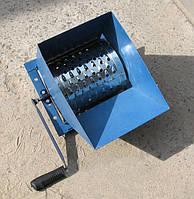 Ручная корморезка, тёрка-барабан, стружка 3-5 мм, удобная ручка, загрузочный бункер, до 180 кг сырья в час