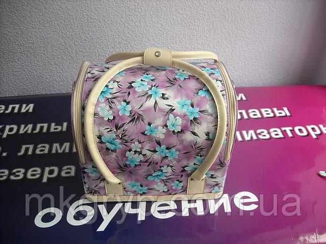 Бьюти-кейс. сумка для мастеров индустрии красоты . С цветочным принтом.