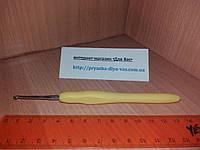 Крючок с прорезиненной ручкой № 2.5