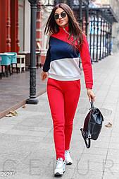 Трехцветный женский утепленный спортивный костюм