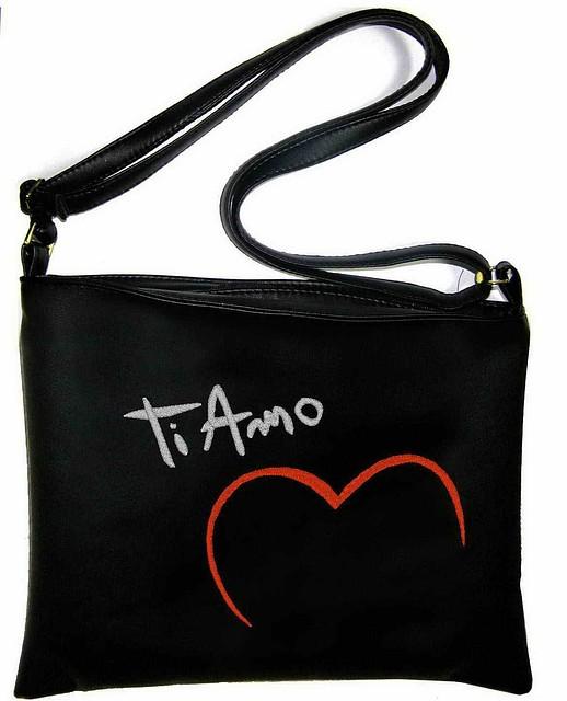 """Сумка - планшет с вышивкой """"Ti Amo"""" С61 - черная"""