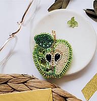 """Набор для вышивки бисером украшения на натуральном художественном холсте """"Зеленое яблоко"""""""