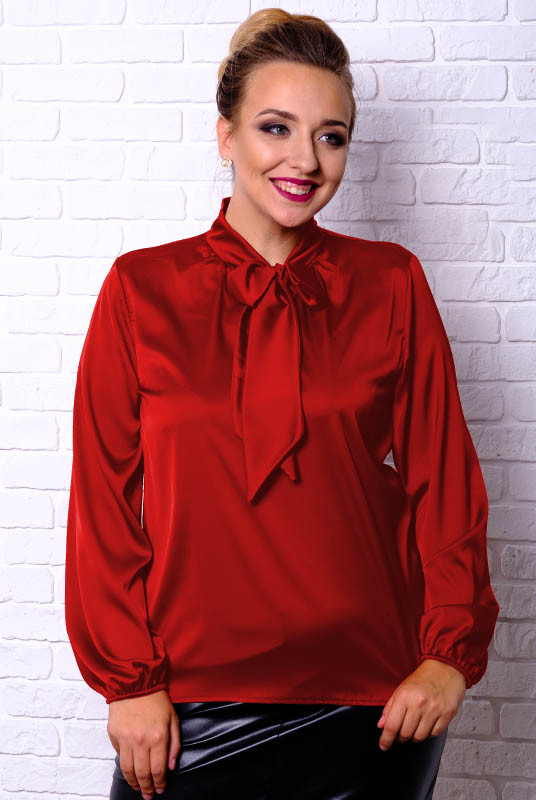 Красная блузка большого размера Эмилия