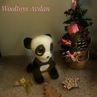 Авторская игрушка из шерсти - панда. Сухое валяние