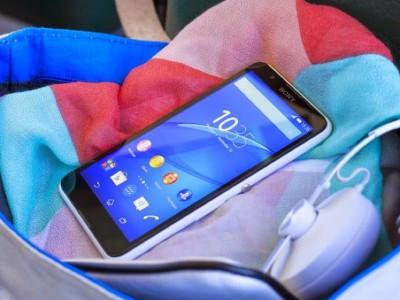 """Sony Xperia E4 і його """"Двухсімочний"""" версія виходять на ринок"""