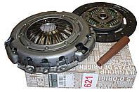 Комплект сцепления на Рено Трафик II 2.0dci M9R + 2.5dci G9U c 2006г./ Renault (Original) 8201516550