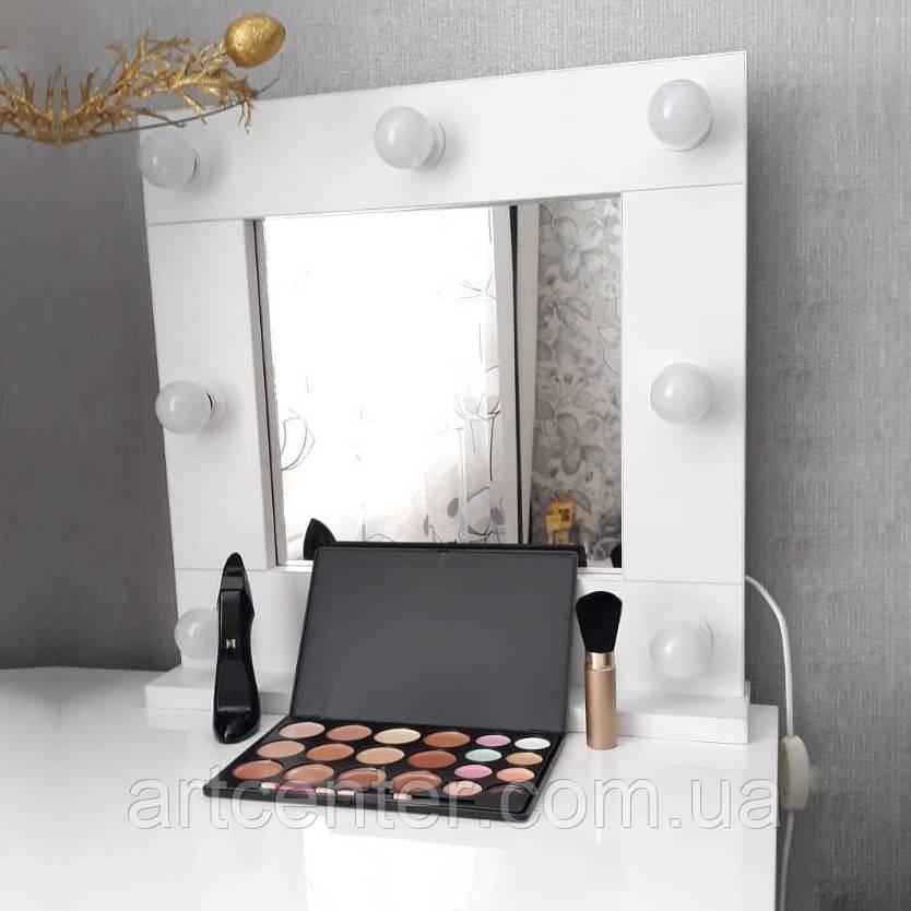 Компактное гримерное зеркало на подставке, зеркало в белой раме