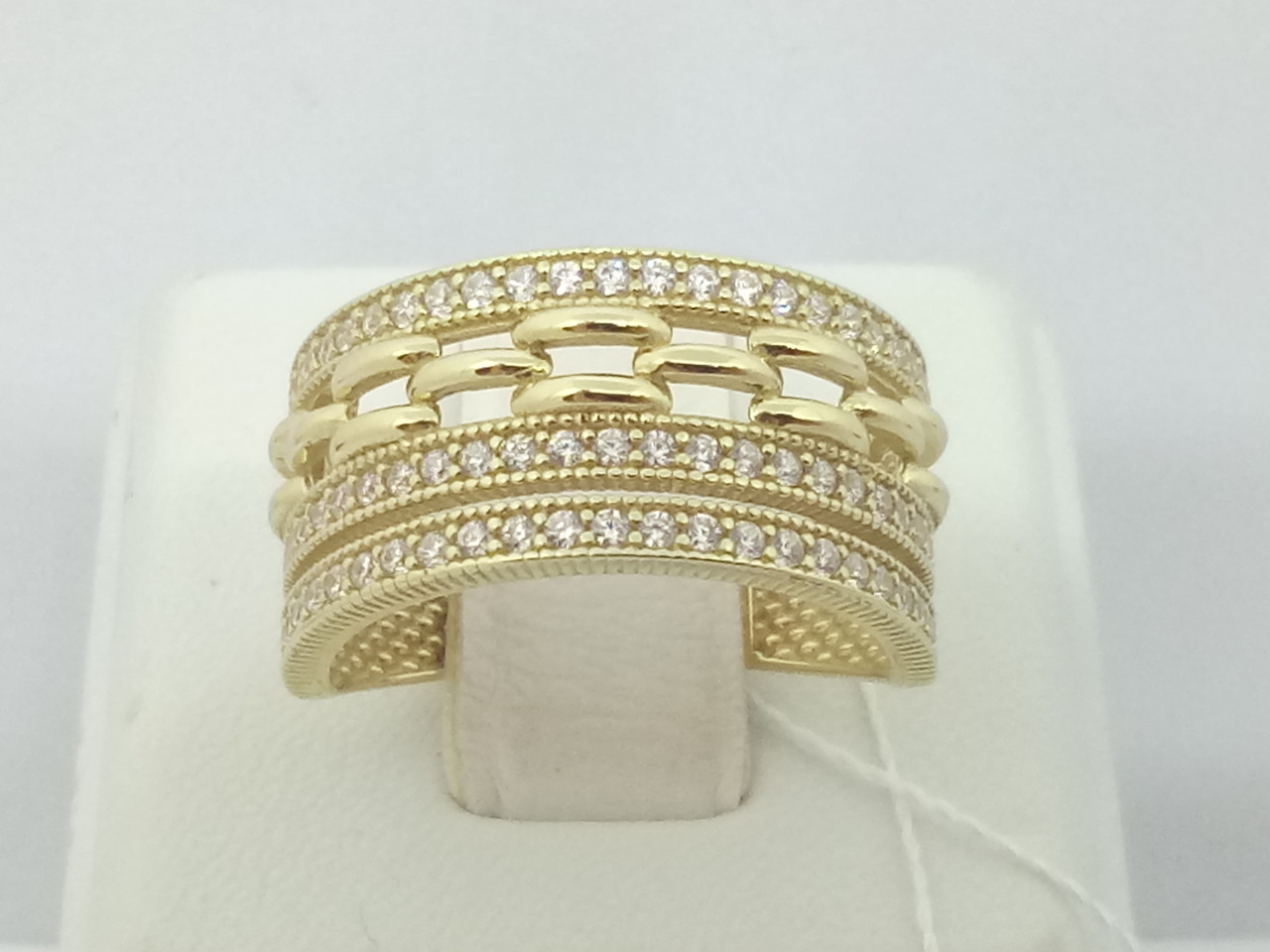 Золотое кольцо с фианитами. Артикул КВ696ЛИ 16,5