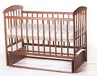 Детская кроватка из ольхи тёмная (с маятником) боковина НЕ ОПУСКАЕТСЯ