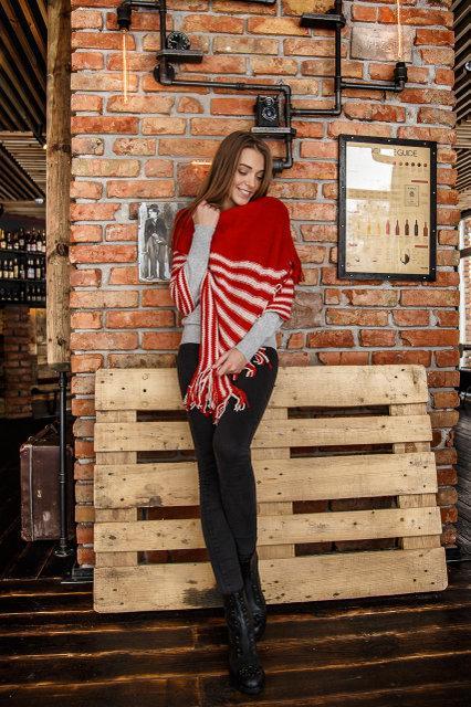 Жіночий кашеміровий шарф колір червоний