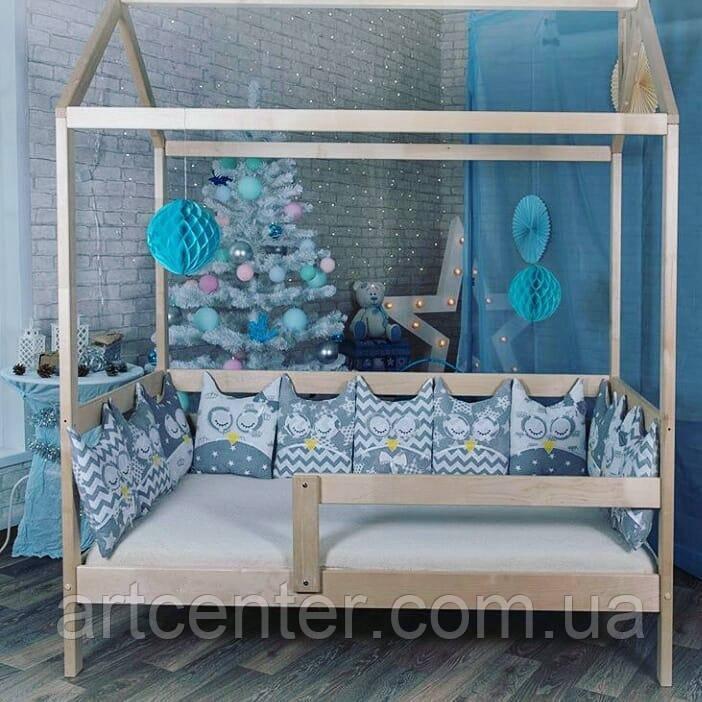 Кроватка-домик из натурального дерева