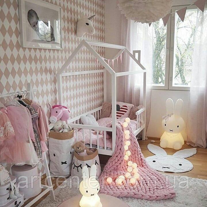 Кроватка-домик для девочки, белая