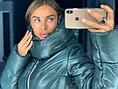 Объемная женская зимняя куртка с воротником-стойкой 18kr174, фото 5