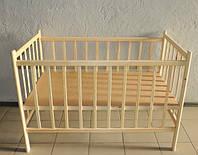 Детская кроватка из ольхи (БЕЗ ЛАКА) на дугах стационарная, боковина НЕ ОПУСКАЕТСЯ