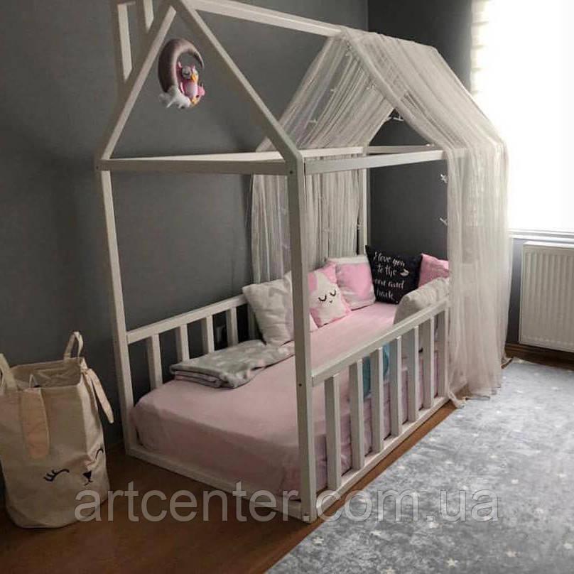 Кроватка-домик напольная, белого цвета