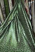 Ткань блэкаут зеленый крупный вензель