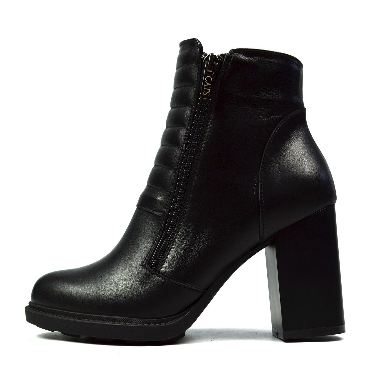 Черные женские зимние кожаные ботинки на каблуку CATS на меху ( шерсть )