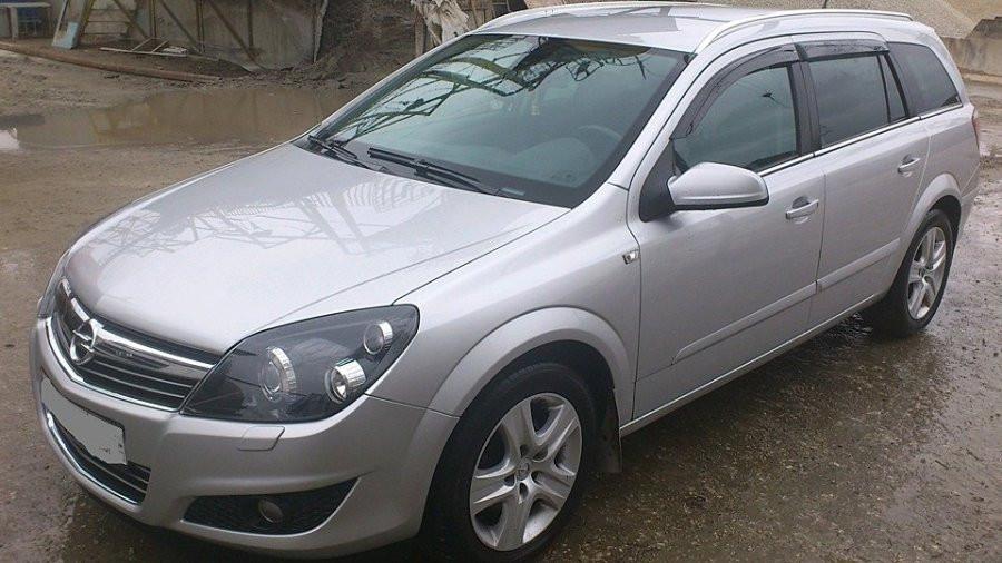 Дефлекторы окон (ветровики) OPEL Astra H wagon 2004