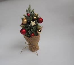 Новогодняя декоративная ёлка с шариками 25 см, КОД: 147501